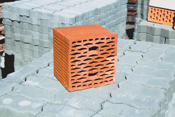 Керамический пустотелый камень